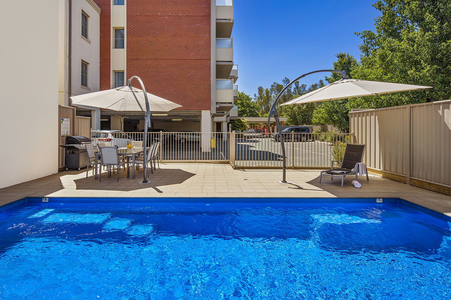 Echuca serviced apartments echuca accommodation quest - University of queensland swimming pool ...