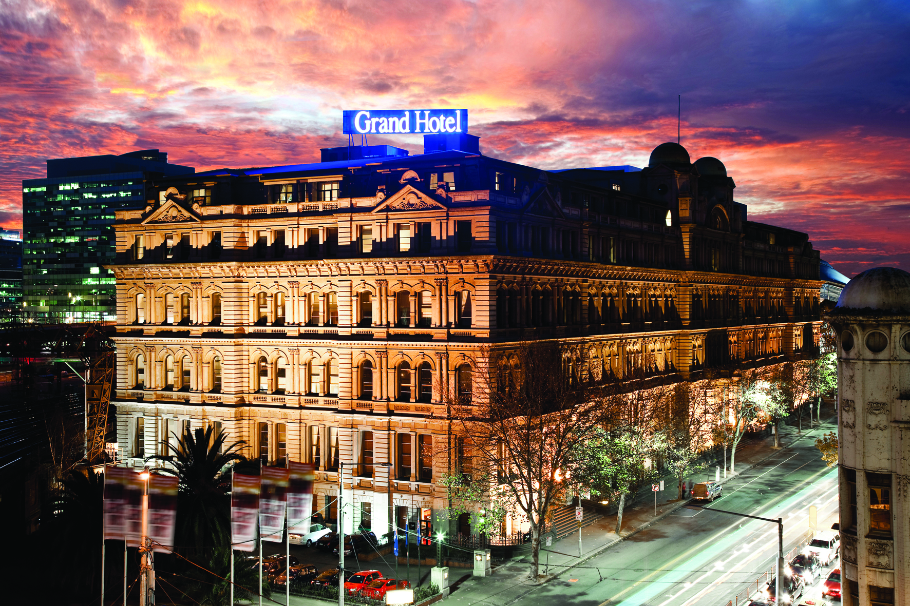 Quest grand hotel melbourne serviced apartments for Grand hotel