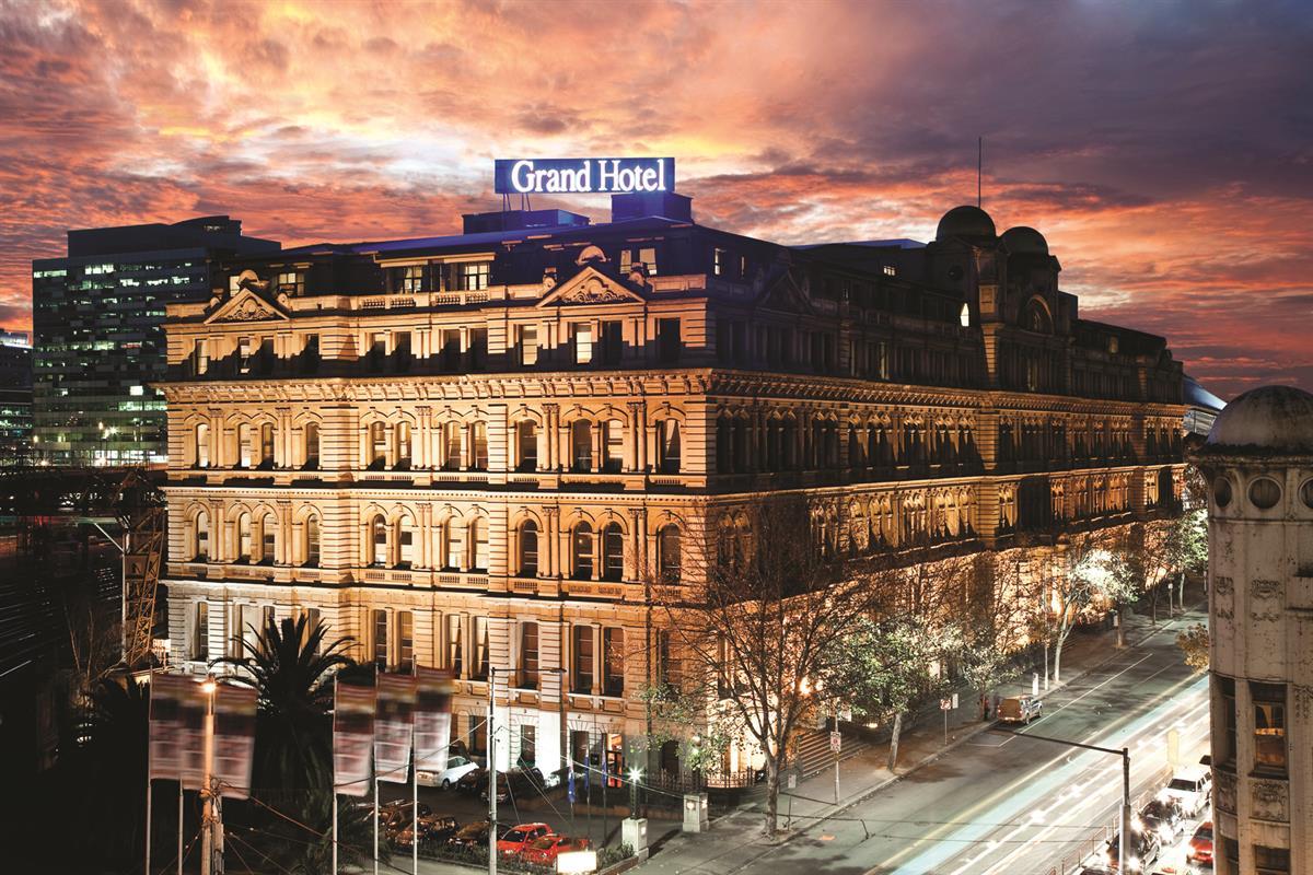 Historic Headliners | Quest Apartment Hotels
