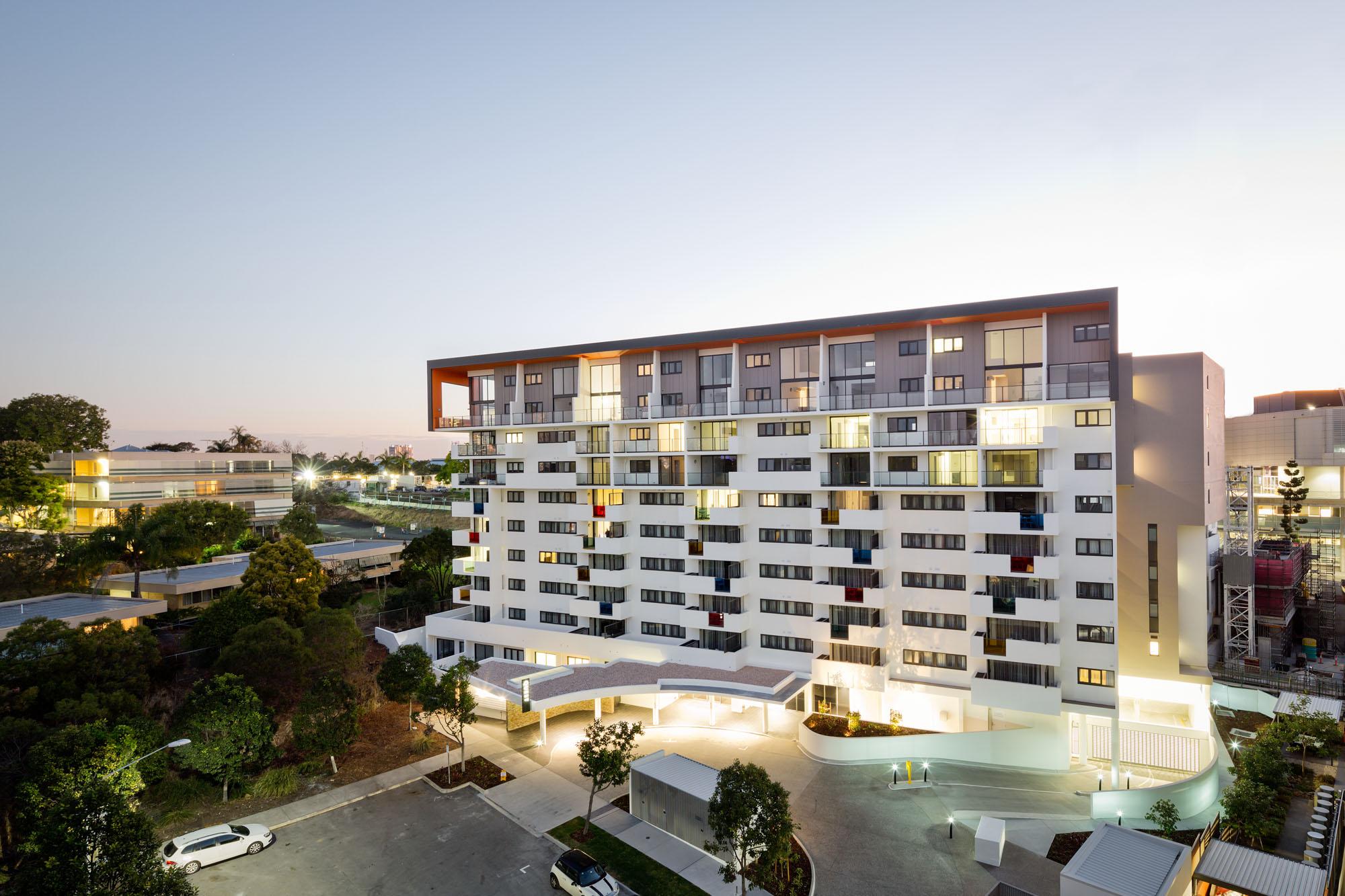 Kelvin grove serviced apartments kelvin grove for Motel exterior design
