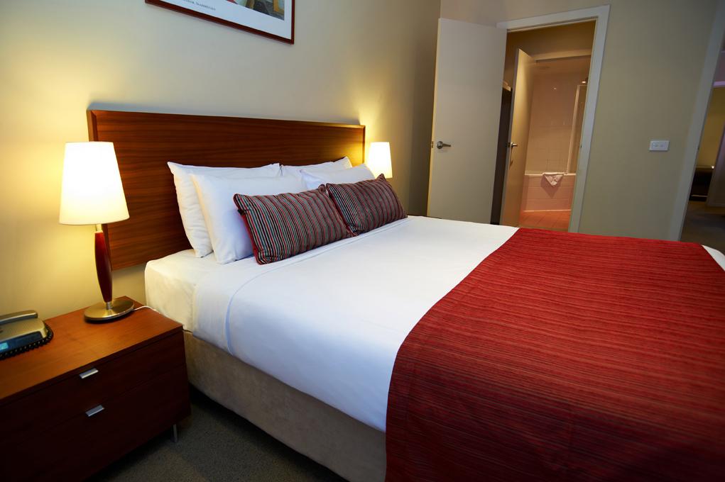 Three Bedroom Hotel Rooms Melbourne