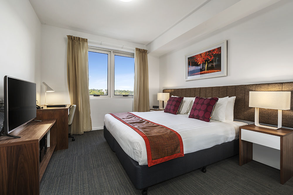 toowoomba serviced apartments toowoomba accommodation. Black Bedroom Furniture Sets. Home Design Ideas